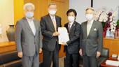 予算確保とデジタル対応を/田村厚労相に申し入れ/水道議連